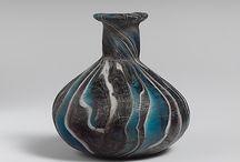 Smell Like Roman Women / Parfums antiques. Contenant et contenu.