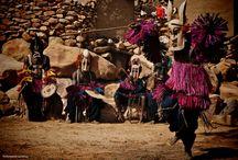 Faszination Afrika / Lassen Sie sich von Afrikas Schönheit, seinen herzlichen Menschen und der faszinierenden Tierwelt verzaubern...