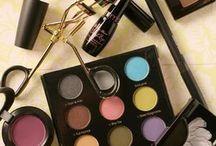 Make-up:Girls best friend. / by Rhiannon Lasch