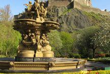 Edinburgh / Scotland / Photos & guides to help you explore the charming castles, varied landscapes & vibrant culture of Edinburgh and the rest of Scotland!
