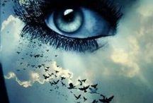 gözler..! gözlerim hayata açılan pencerelerim.. / Gözler..! Bazen gülen, Bazen ağlayan, Acı doludur kimi gözler, Kimisi cıvıl cıvıl nes'eli Yaşlar dolar da bazen.. Yoktur sileni..!