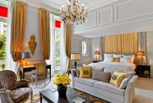 Our new keys! / Discover the new rooms and suites at Plaza Athénée
