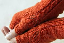 Knit & Crochet Mittens and gloves / Knit and crochet patterns to keep your hands cozy!