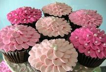 Beautiful cupcakes / by Janet Trautman