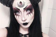 Extreme makeup