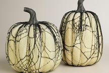 Halloween / by Shellie Nakagaki