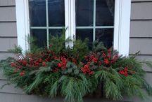 Outdoor winter decorations