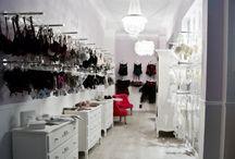 Le Boudoir de Christine / Nel centro storico di Brescia è nata La piccola boutique,  dedicata a tutte le donne e alla ricerca della femminilità.