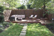 Garden / Long narrow but lovely gardens