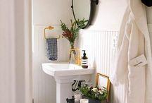 Half Bathroom Revamp