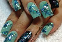 Mylar Nails / Large pieces of glitter embedded in the nails