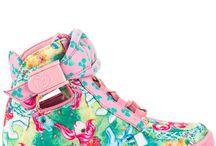 Chaussures / dans mes rêves, voici ce qui se trouverait dans ma garde-robe, à côté des vêtements...