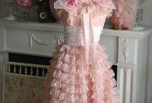 kjoler med blomster