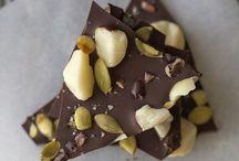 Organic Chocolates / 100% organic chocolate and ingredients