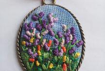 Necklace bullion rose