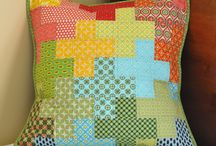 Quilting - Cushions (pillows) / Somewhere soft to lay your head, or showcase a special quilt block or fabric.