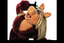 Miss piggy / by Laurie Sweet