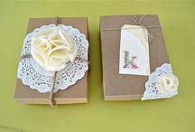 Gift ideas/Gift Wrap / by Lauren Hernandez