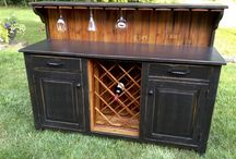 Pantry, cellar and wine cellar