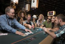Poker / Try a live game of poker