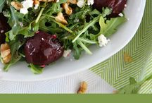 Balsamic Beet Salad with Arugula, Goat Cheese, and