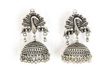 Jhumka Jewelry / Jhumka earrings, Dual tone jhumkas, 2 Tone jhumkas, Antique Jhumkas, Jhumki, Gold Jhumkas, Handmade jewelry, Handmade Necklace, Indian jewelry, South Indian Jewelry, Kundan jewelry, Kundan Necklace