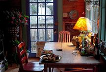 Prim dining rooms / by Jennifer W.