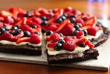Food :: Desserts/Sweets / Recipes for desserts/sweets. / by Resa Armstrong