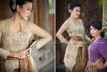 Style : Kebaya + laces