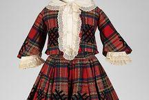for children/ dresses ď epoch 1800 / 1900