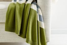 T H R O W S ............................. throw / Cozy and stylish throws and blankets.