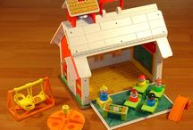 Souvenirs d'enfance / Tous les jouets que j'ai eu enfant et autres choses qui me rappellent des souvenirs (vus chez d'autres personnes, cadeaux que je voulais, à l'école, etc.)