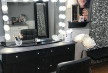 Makeup Room / It's all vanity