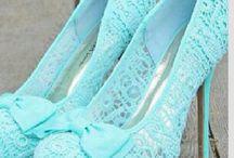 Schuhe + Kleidung
