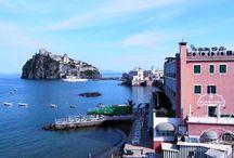 Spot televisivo per Miramare e Castello / Sono molto contento di sponsorizzare l'Hotel Miramare e Castello, un esclusivo albergo cinque stelle presente sull'Isola d'Ischia. pronto ad accogliere i turisti ed accompagnarli nel più totale relax!