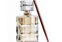 Profumi costosi francesi e internazionali / Una raccolta di profumi per uomo e donna tra i più costosi al mondo. Bottiglie di lusso e jus pregiati senza tempo.  Per conoscere il magico mondo dei profumi seguici su http://www.extrait.it