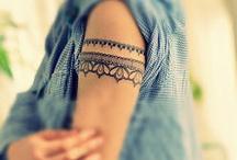 Henna & tattoos / by Sarah Goulder