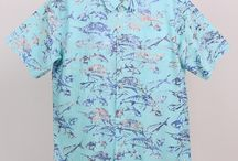 Men's Shirts / The BATIK printed men's shirt exclusively taylored for Tybee Island Clothing Company is sure to give any man the feeling of the islands.  This 100% cotton shirt features 2 chest pockets. Easy wear and easy wash.