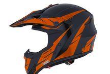 XR-7 VOLTAGE / Hi tech performance helmets