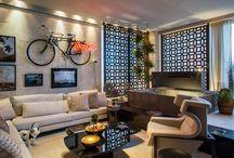 Alternative Living Room / by Adriana Scopel