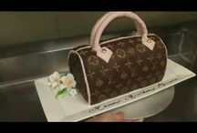 Taschen cake