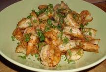 Yummy foods I want to try / by Stephanie Terwelp