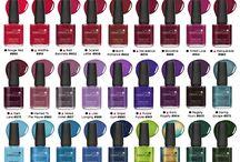 Make up/ nail polish