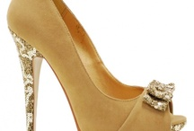 Shoes, shoes, shoes / by Cassandra House