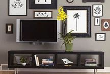 Living room / by Emily Saunders