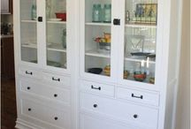 Built Ins / by Calla Lillian