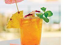 drinks / by Hannelore Field