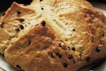 Bread & Rolls / by Denise Buckley