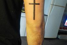 cross tatoo
