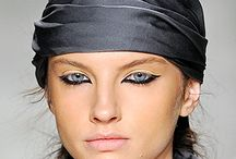 upside down eye makeup